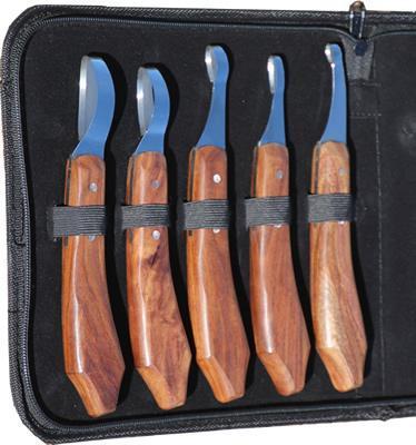 Limited-edition-loop-knife-set-inside-01